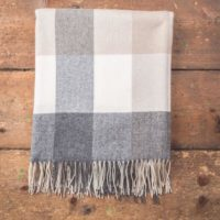 grey,bone,white check throw