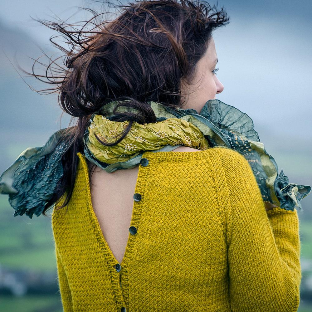 Arela vändbar tröja i Cumbria, stickkit